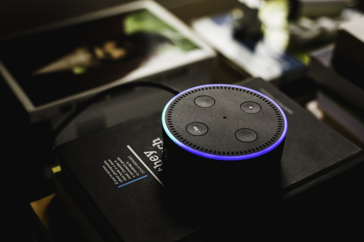 IoT Amazon Echo Dot